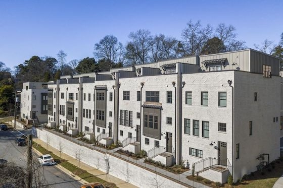New Homes in Atlanta, Georgia at 28th at Brookwood built by Monte Hewett Homes